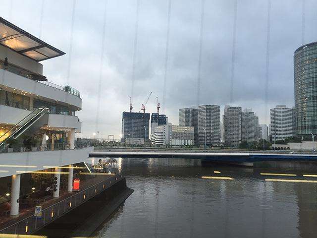 横浜ベイクオーターから見た建設地