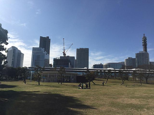 臨港パークから見たブランズタワー
